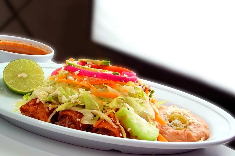 ingredientes de la comida tradicional mexicana